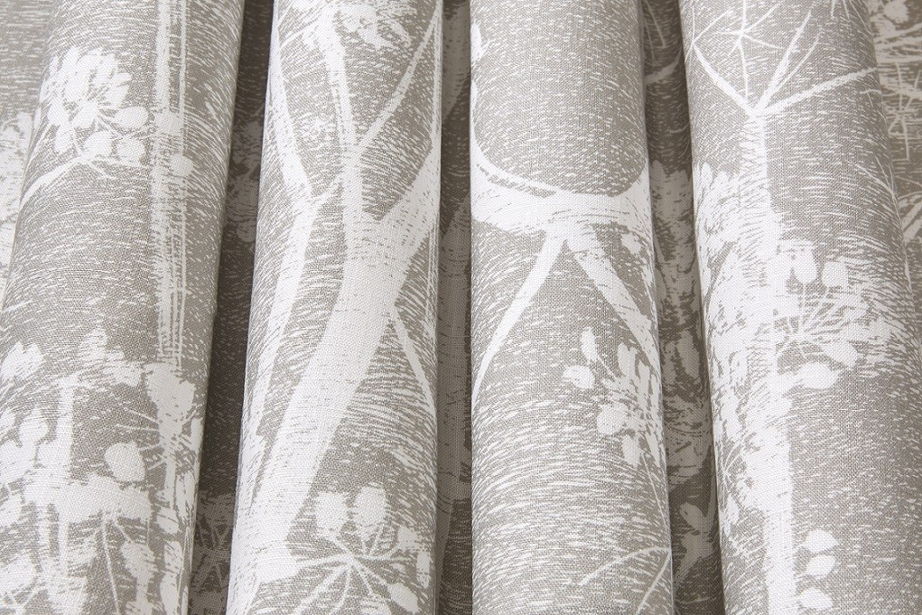 Cow Parsley Fabric Taupe By Cole And Son F111 5019