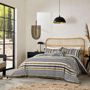 Harlequin Rosita in Charcoal Bedding