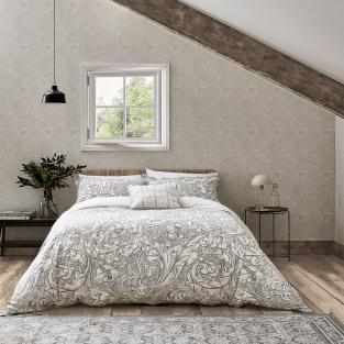 William Morris Pure Bachelors Button in Stone & Linen Bedding