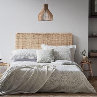 William Morris Pure Pimpernel in Light Grey Bedding