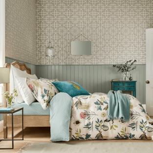 Sanderson Paradesia in Orchid & Grey Bedding